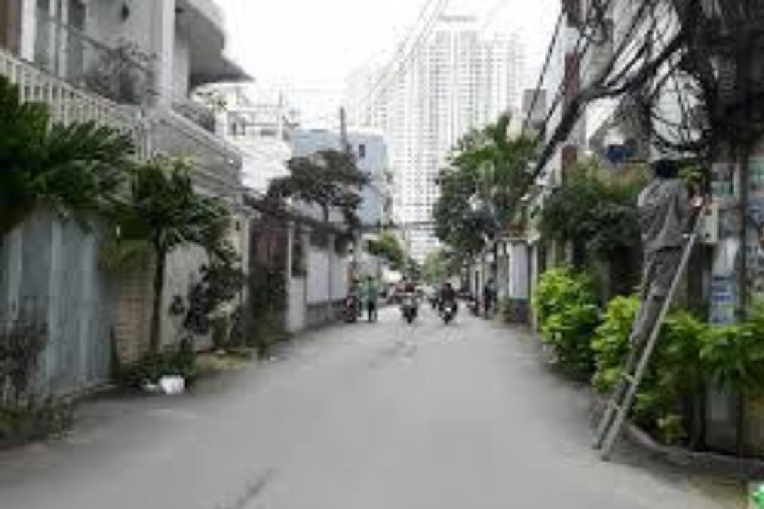 Bán đất mặt tiền đường Kiều Đàm Quận 7